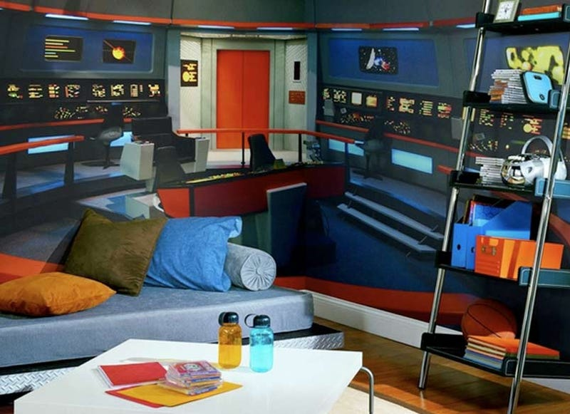 Star Trek Mural Transforms Any Room Into Nerd Womb