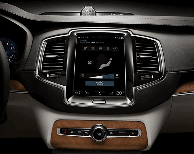This Is The New Volvo XC90's Touchscreen In Action