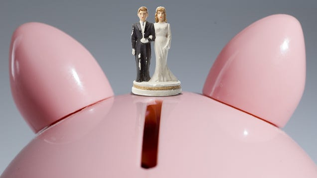 Study Finds that Poor People Have Really High Hopes for Marriage