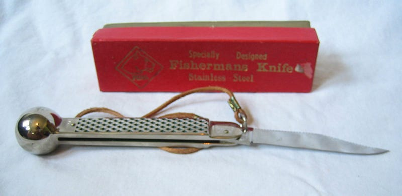 I'm In Love With This Gorgeous Vintage Fishing Knife and I Don't Even Know What It All Does (Update: Figured It Out!)