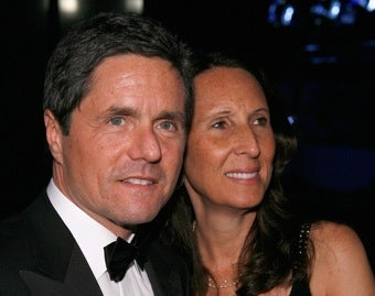 Brad Grey Gets a Smiley Face On His Divorce Papers