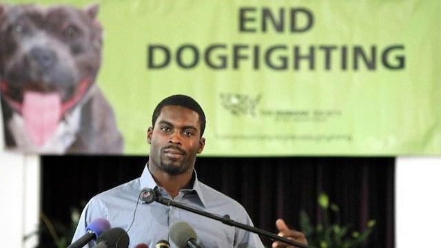 Yes, Michael Vick Owns A Dog