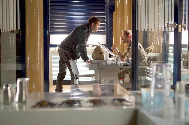 "Terra Nova 1x04, ""What Remains"" Pictures"