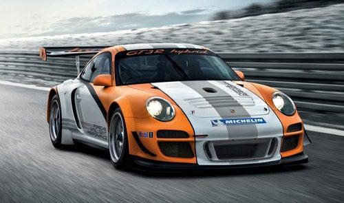 Porsche 911 GT3 R Hybrid Coming To Geneva
