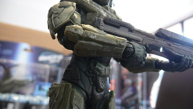 Getting Very Close To Halo 4's Master Chief (And Friends)