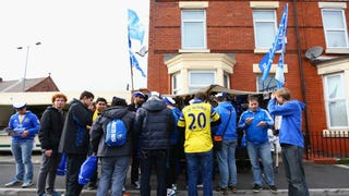 Everton Fans Attacked By Up To 100 Hooligans in Lille