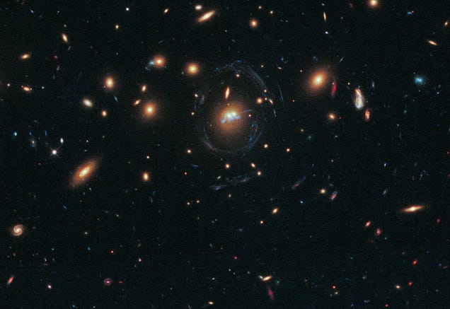 "The Hubble Just Spotted This Odd ""Star Bridge"" Connecting Two Galaxies"