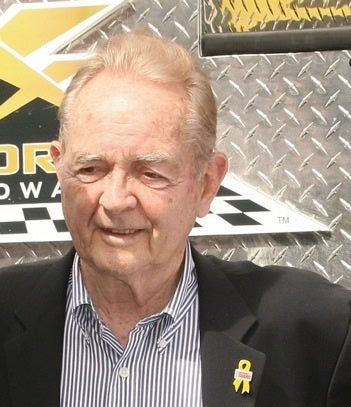 Phil Hill, Racing Legend, Dead At 81