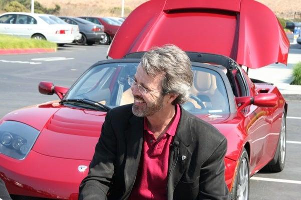Tesla Co-Founder Eberhard Sues Elon Musk, Tesla