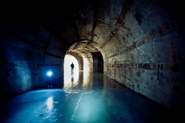 El distópico mundo de las bases de submarinos abandonadas 805315686212954285