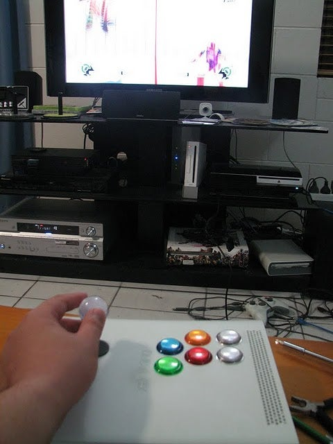Turning A Dead Xbox Into A PS3 Controller