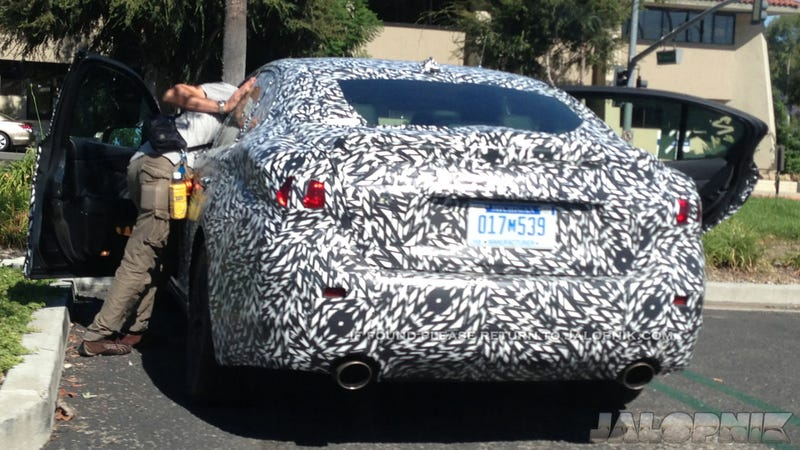 The 2014 Infiniti G37 Shows Off Its Squiggly Styling