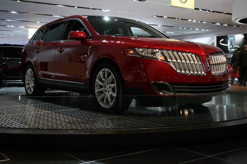 2010 Lincoln MKT: Crossover For The Super-Segmented Masses