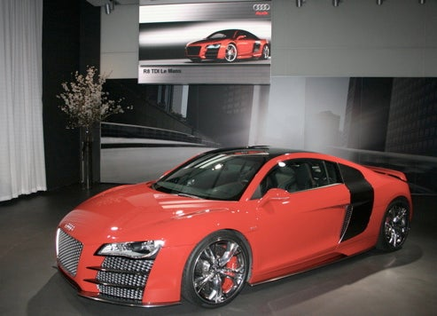 audi r8 diesel is coming sans four cylinders booourns. Black Bedroom Furniture Sets. Home Design Ideas