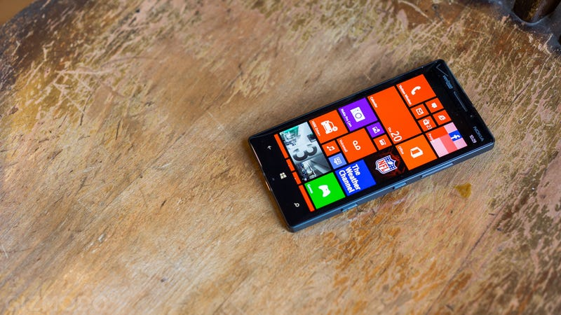 Nokia Lumia Icon Review: Looks Only Get You So Far