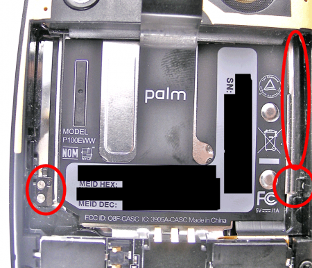 "DIY Fixes for the Palm Pre's Unfortunate ""Oreo"" Effect"