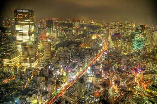 Tokyo Night Photo in High Dynamic Range: Please Build HDR into Cams!