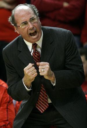 USC Names O'Neill As Men's Basketball Coach