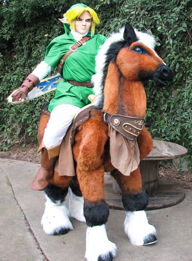 A Link to Many Wonderful Link Cosplay