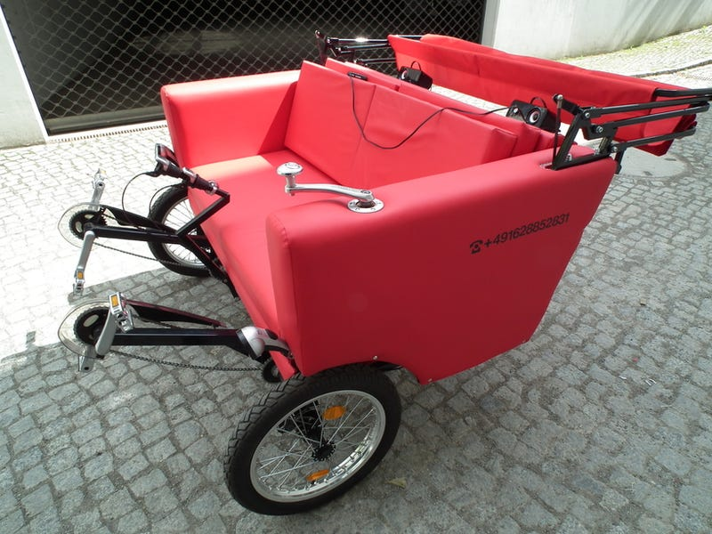 The Sofa Bike Is a Loveseat for the Adventurous