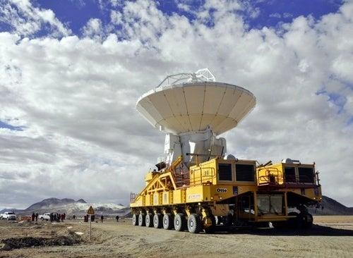 This Truck Carries 66 100-Ton Antennas To A 16,000-Foot Elevation