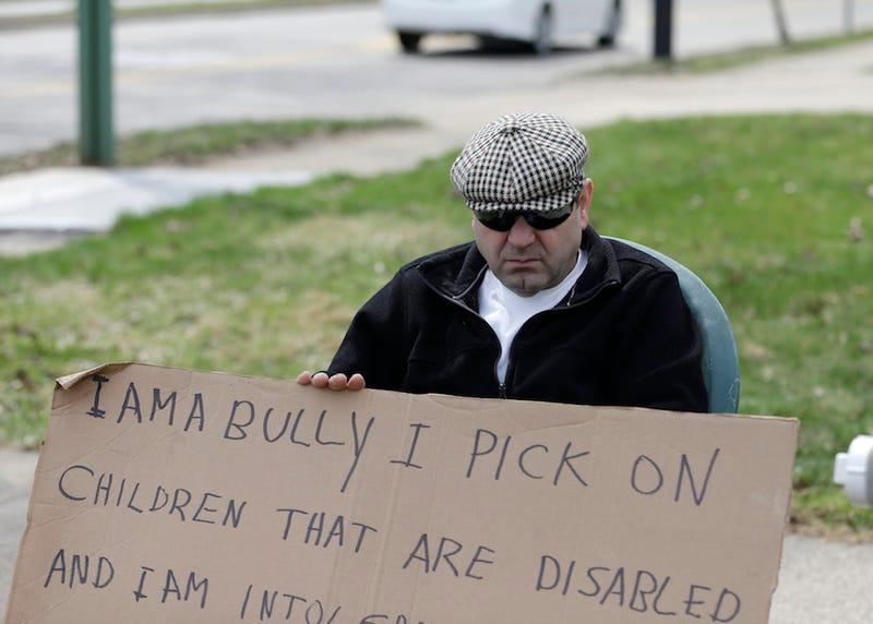 "Court Orders Man to Hold ""I AM A BULLY"" Sign for Five Hours"