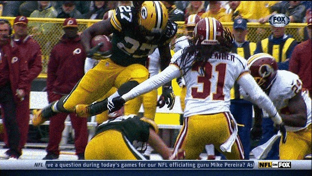 Eddie Lacy Concussed By Brutal Hit From Brandon Meriweather