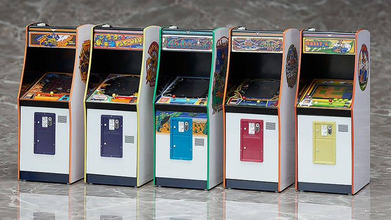 Put an Entire Arcade on Your Desk With These Immaculately Detailed Miniature Replicas