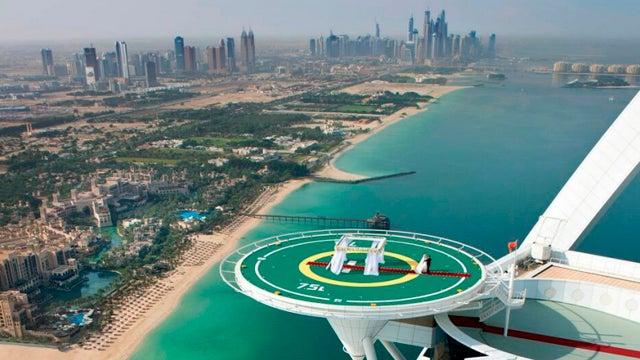 You Can Now Get Married On Dubai's Burj Al Arab Helipad