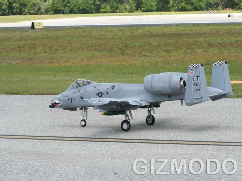 A10 RC Model vs the Real Thing at Top Gun 2008