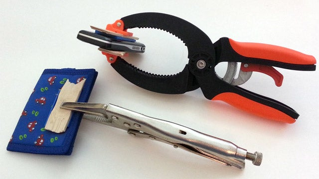 How to Build a LEGO Organizer For Your Keys and Everyday Items
