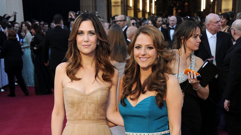 Kristen Wiig Will Direct the New Movie She's Writing with Annie Mumolo