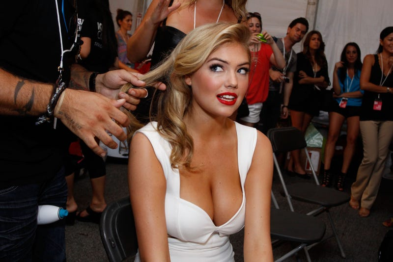 Breakdowns: Kate Upton's Boobs May Star In The New Entourage Movie