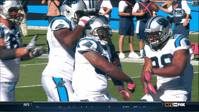Gangnam Style Is Officially Dead, Dez Bryant Is Not: Your Sunday NFL GIF Roundup [UPDATED]