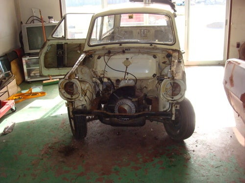 Restoration of a 1967 Mitsubishi 360