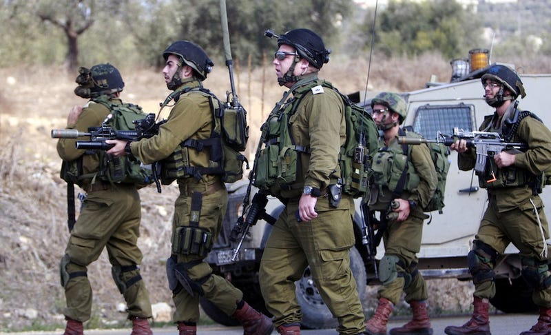 "Israeli Army Accused of ""Deliberately Targeting"" Journalists"