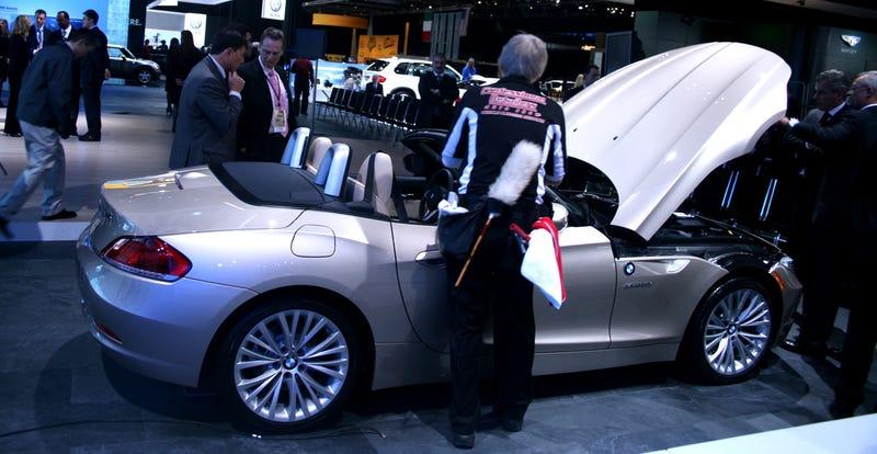 2010 BMW Z4 Slips Onto The Stage