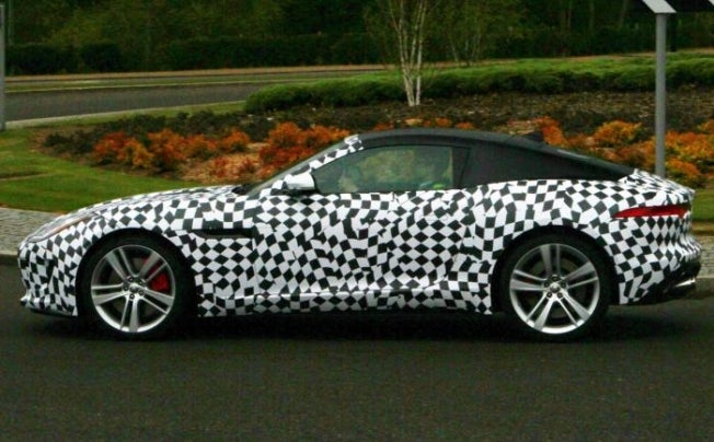 Jaguar F-Type coupe spyshots