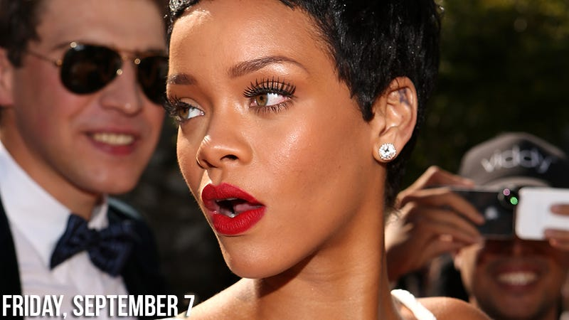 Um, Rihanna Kissed Chris Brown Last Night at the MTV Awards