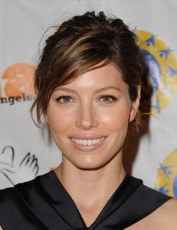 Jessica Biel Designs Handbags For Justin Timberlake