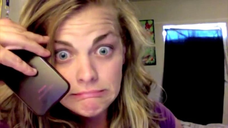 Arizona Woman Royally Screws with Scammer, Posts Hilarity to YouTube