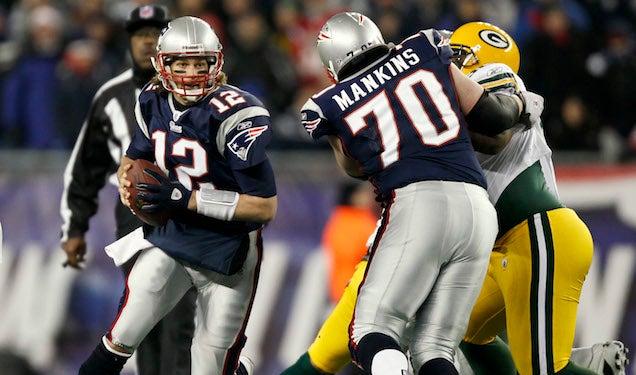 "Report: Tom Brady ""Very Upset"" By Logan Mankins Trade"