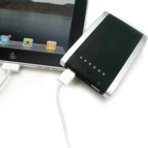 External Battery Pack Gives Your iPad A Super Fast Charge