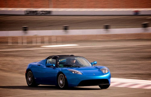 Jalopnik, Gamers Toss Tesla Roadster Sport Around Racetrack