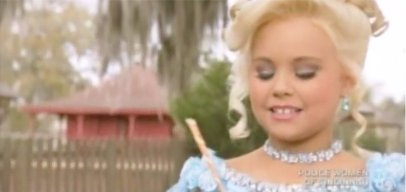 "Magic ""Pageant Energy Sticks"" are Essential on Toddlers and Tiaras"