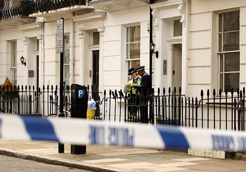 British Spy Stabbed, Murdered, Stuffed in Bag, Left in Bathtub