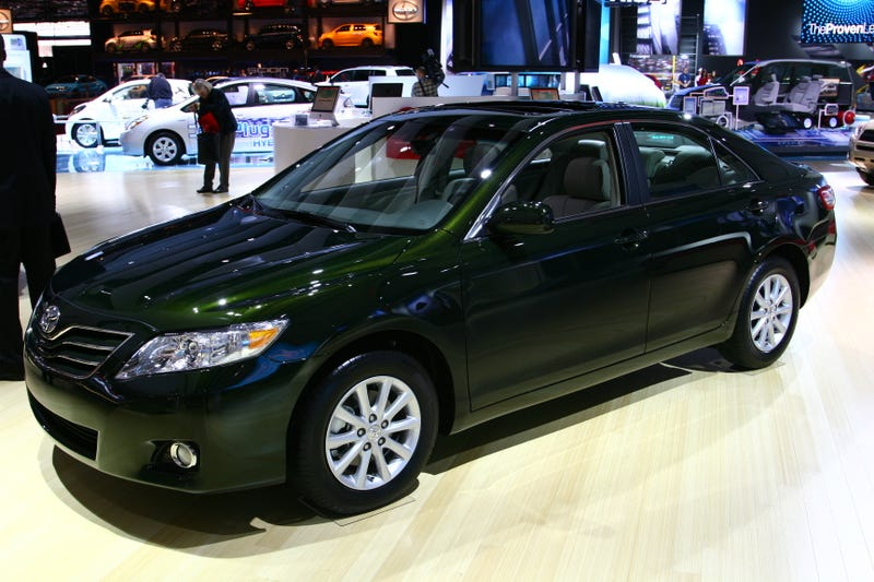 2010 Toyota Camry: Detroit Reveal Makes Us Crave Vanilla Ice Cream
