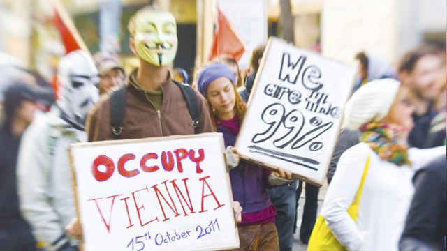Violence Erupts in Rome as Occupy Wall Street Goes Global