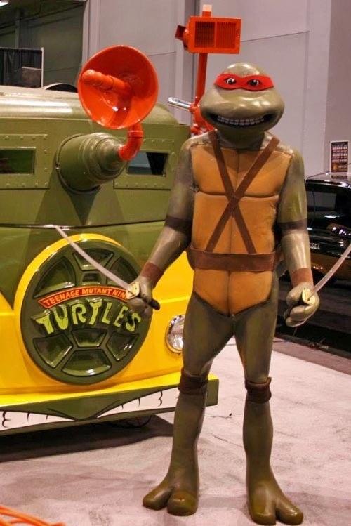 Cowabunga! Teenage Mutant Ninja Turtle's VW Bus