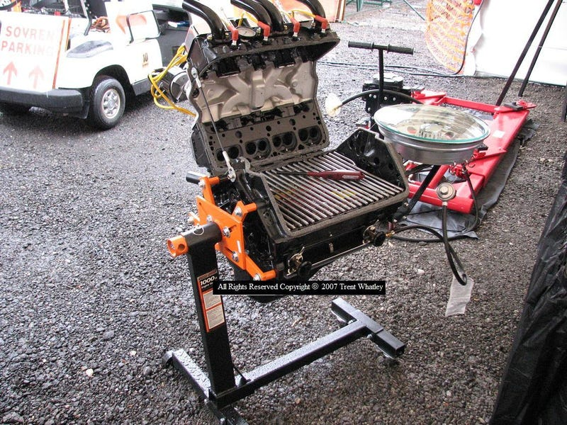 Small Block Chevy Grill Burns Meat, Not Mustangs